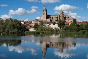 Reflejos_de_la_Catedral_Nueva_de_Salamanca